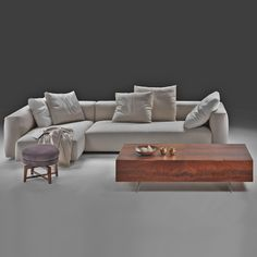 Flexform sofa Lario by Antonio Citterio