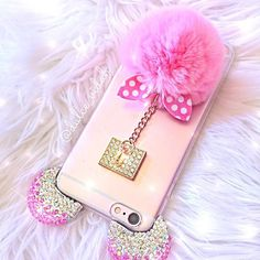 Love my case from @pinklushboutique ✨ so cute!!! So me