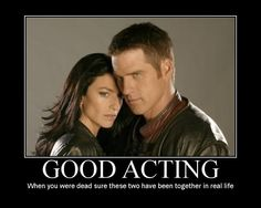 Farscape - Aeryn et John Ben Browder, Claudia Black, Character And Setting, Sci Fi Series, Stargate Atlantis, Tv Couples, Great Tv Shows, Sci Fi Fantasy, Movies And Tv Shows