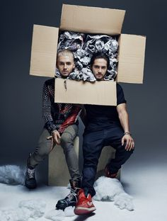 Bill and Tom [Why can't I get a package like that? ...Not just the heads though!]