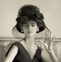 Bernard Devaux Hat, 1960 -  photo: Norman Parkinson