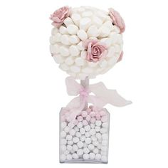 Sweet Creations White Marshmallow Rose Tree With Pink & White Bonbons, Marshmallow Tree, White Marshmallows, Sweet Trees, Tree Centerpieces, Garden Birthday, Rose Trees, Baby Girl First Birthday, Chocolate Bouquet, Baby Shower Parties