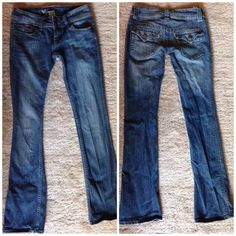 Blue skinny jeans CONTACT BEFORE BUYING • Skinny jeans. Hardly worn, like new. Wet Seal Jeans Skinny