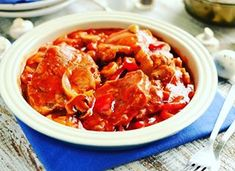 Ryba w zalewie pomidorowej Thai Red Curry, Shrimp, Chili, Meat, Ethnic Recipes, Food, Image, Mascarpone, Chile