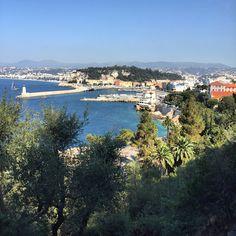 Vue depuis le Mont Boron à Nice un dimanche matin de juin...