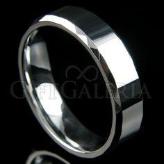 Aliança de compromisso em tungstênio prata Shine. Aliança feita da fina jóia de tungstênio, 4X mais brilhante que a prata, não escurece e não risca.