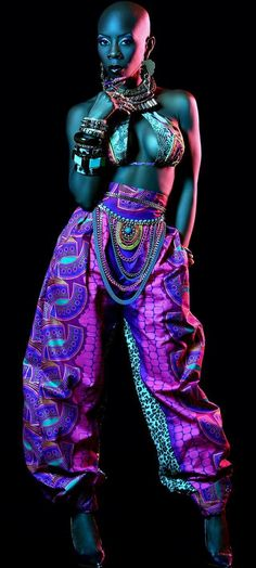 Come on now! Africa. African culture. Grace Jones 2016. Motherland. Beauty! Unique beauty. Bald. Bold. Mrs. Traci Young-Byron. SupaBlackgirl. Dancer. Choreographer. Added by TheChunkyDiva #Africanfashion