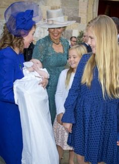 King Willem-Alexander, Queen Máxima and princesses Amalia, Alexia and Ariane in Parma, Italy, for the christening of Prince Carlos de Bourbon de Parme. King Willem Alexander is his godfather. 25 september 2016.
