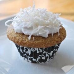 Vegan Vanilla Cupcakes by wendybradley