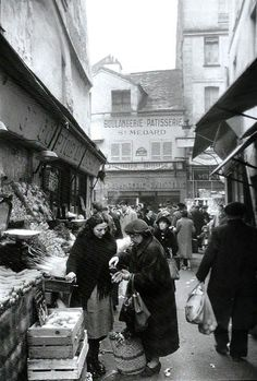 Market in Paris, 1955 // by Willy Ronis