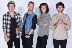 One Direction Split? The Band to Take a Break in 2016  Read more: http://www.bellenews.com/2015/08/24/entertainment/one-direction-split-the-band-to-take-a-break-in-2016/#ixzz3jj3KHNXJ Follow us: @bellenews on Twitter | bellenewscom on Facebook