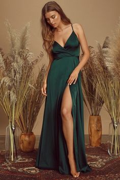 100+ Dresses Perfect for Wedding Guests | The Perfect Palette Prom Dresses With Sleeves, Plus Size Maxi Dresses, Nice Dresses, Satin Gown, Satin Dresses, Creative Wedding Inspiration, Emerald Green Dresses, Bridesmaid Dress Styles, Bridesmaids