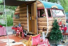 If you love adventures and trekking, a camper trailer can really add to your pleasures. Considering the advantages offered by camper trailers, the las. Scandinavian Fireplace, Country Patio, Front Porch Design, Soft Flooring, Living Vintage, Geometric Decor, Trailer Remodel, Remodeled Campers, Fireplace Design