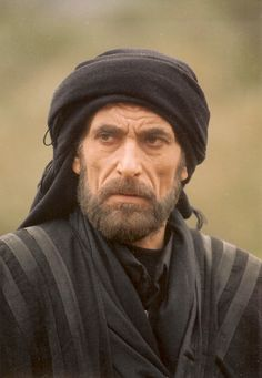 Ghassan Massoud Arabic born September 20 1958 is a Syrian actor and filmmaker He is known in the West for playing the role of Muslim ruler 3d Foto, Arab Men, Kingdom Of Heaven, Face Reference, Model Face, Portraits, Arabian Nights, Comic, People Of The World