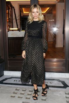 4 Holiday Dressing Rules, Straight From Sienna Miller | WhoWhatWear