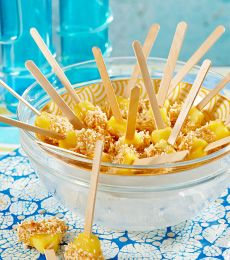 A taste of the tropics in these shivery sensations! Cool kids down after any balmy BBQ with these delightfully summery Pineapple Icy Pops! Cadbury White Chocolate, White Chocolate Recipes, Chocolate Treats, Dessert Recipes, Desserts, Summer Recipes, Macaroni And Cheese, Pineapple, Sweet Treats