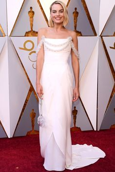 5d1b09eeb2 All the Looks from the Oscars Red Carpet