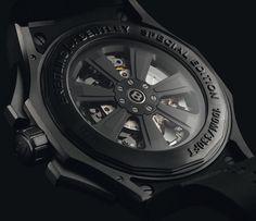 Breitling for Bentley - Bentley GMT Light Body B04 chronograph. Caliber B04