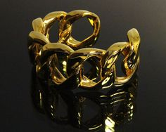 ba1e61c519ae Vintage CHANEL Gold Bangle Bracelet Cuff Jewelry by fashionsquid, $549.99 金の ブレスレット, ヴィンテージ