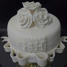 Bolo Noivado Bolo Aniversário Casamento Bolo Personalizado