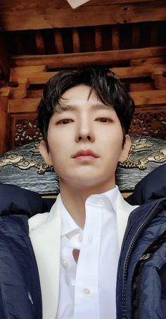 Lee Joong Ki, Kdrama Actors, Moon Lovers, Joon Gi, Mans World, Criminal Minds, Kpop Groups, Pretty Boys, I Movie