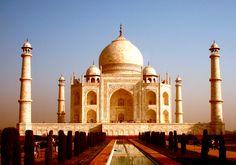 El famoso Taj Mahal, conoce más maravillas del mundo en http://mipagina.1001consejos.com/profiles/blogs/las-7-maravillas-del-mundo