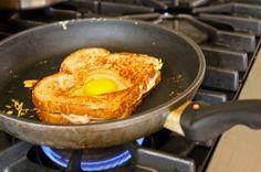Savory Sitter: Kid Friendly Valentine Lunch Idea! Ham + cheese + egg = LOVE!