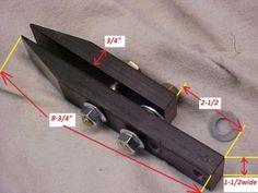 Knife vise, Knifemakers Filework, Vise, Knife Making Sharpening Vise Cool Knives, Knives And Tools, Knives And Swords, Blacksmithing Knives, Knife Making Tools, Diy Knife, Best Pocket Knife, Pocket Knives, Sharpening Tools