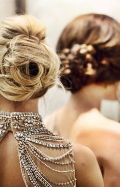 White and Gold Wedding. Bridesmaid Hair. Natural Hair. .
