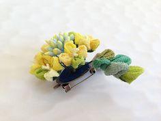 Yellow hair clip brooch rape blossoms от Keikonoheya на Etsy
