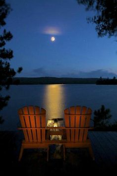 Goodnight from the rustic cabin at the lake!! Who would you sit here with? Let them know!