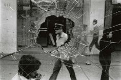 "Alvaro Hoppe, ""Alameda Street (Calle Alameda)"", Santiago, 1983"