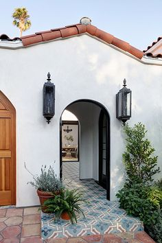 After - Entryway Before And Afters That Leave An Amazing First Impression - Photos