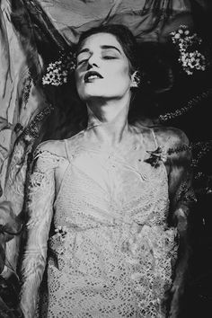 #bw #blackandwhite #woman #water #flowers #femme #portrait #polska #ofelia