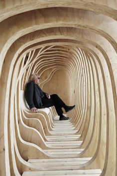 Gallery - First-Year Architecture Students Design READER Shelter in Estonia - 1