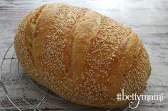 Kovászos kenyér éjjeli hűtős kelesztéssel   Betty hobbi konyhája How To Make Bread, Bakery, Food And Drink, Recipes, How To Bake Bread, Recipies, Ripped Recipes, Cooking Recipes