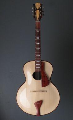 Aurora archtop // stika spruce // Custom Made Aurora Arch-Top Guitar Jazz Guitar, Guitar Art, Music Guitar, Cool Guitar, Playing Guitar, Learning Guitar, Ukulele, Archtop Guitar, Acoustic Guitars