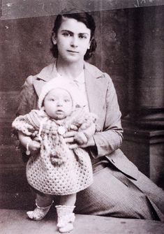 Explore the genealogy of the family and gather photos of Sarina Gani at AncientFaces. See Sarina Gani photographs and more past images and genealogy at AncientFaces.