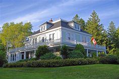 Alicion Bed and Breakfast - Lunenberg, Nova Scotia.. aka mental hospital on haven