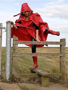 Rain Cape and Boots Red Raincoat, Raincoat Jacket, Plastic Raincoat, Parka, Rain Fashion, Country Wear, Country Life, Rain Cape, Capes & Ponchos