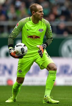 Peter Gulacsi of Leipzig in action during the Bundesliga match between Werder Bremen and RB Leipzig at Weserstadion on March 18, 2017 in Bremen, Germany.