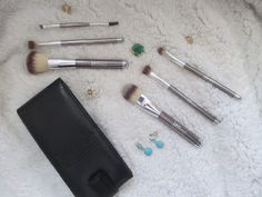 Whats Inside Your Beauty Bag?: It Cosmetics Limited Edition Heavenly Luxe 6-Piece...