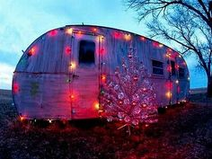 10 Best of the Worst Redneck Christmas Decorations