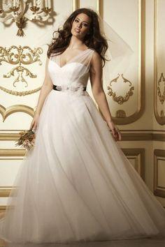 ee2e35296 20 mejores imágenes de Vestidos de novia para gorditas