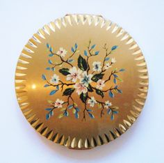 Gilt Flowers Stratton Compact