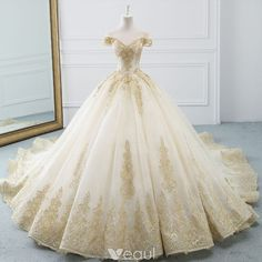 Wedding Dress Ball Gown Luxury / Gorgeous Champagne Wedding Dresses 2019 A-Line / Princess Off-The-Shoulder Short Sleeve Backless Gold Appliques Lace Beading Cathedral Train Ruffle - Western Wedding Dresses, Princess Wedding Dresses, Bridal Dresses, Wedding Gowns, Beauty And The Beast Wedding Dresses, Princess Ball Gowns, Luxury Wedding Dress, Quince Dresses, Ball Dresses