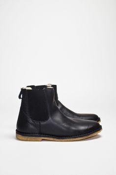 A.P.C. - Elastic Boots Black - TRÈS BIEN ($200-500) - Svpply