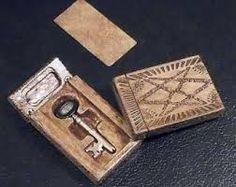 men of letters bunker key