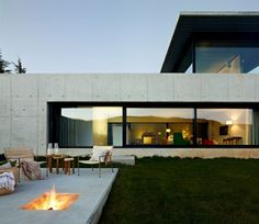 House on the Minho River by Quico Jorreto 3