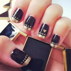 #Black and #gold nail design
